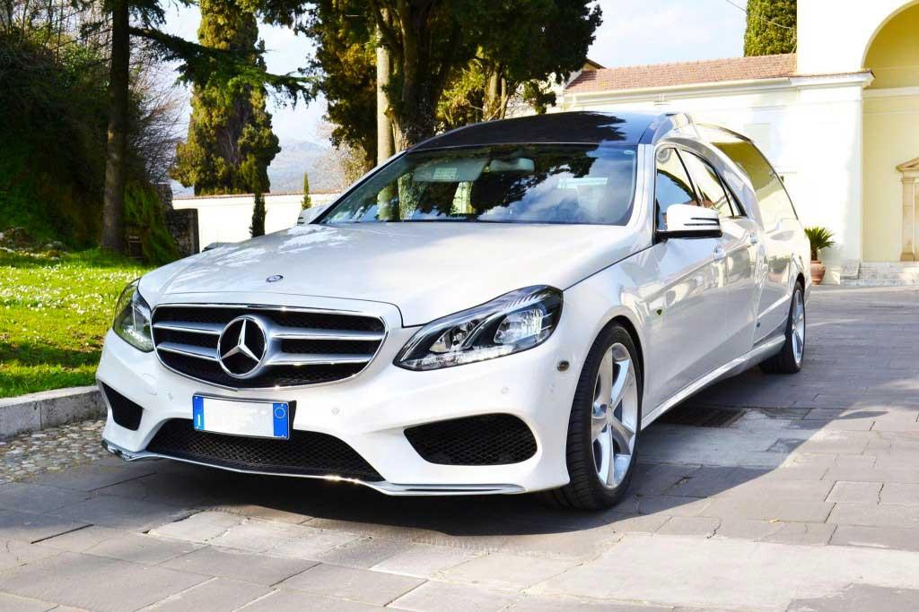 Mercedes-Classe-E-Home